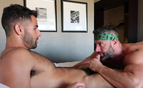Pablo Hernandez fuck daddy Cole Connor - onlyfans