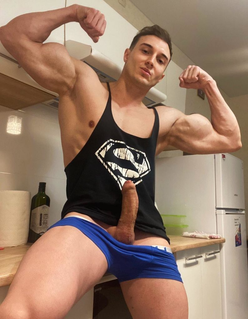 Tom @tomzzzz7 hot cumming Pack Onlyfans
